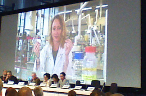 Gwen Bailey winning the MSCA-ETN award for dissemination