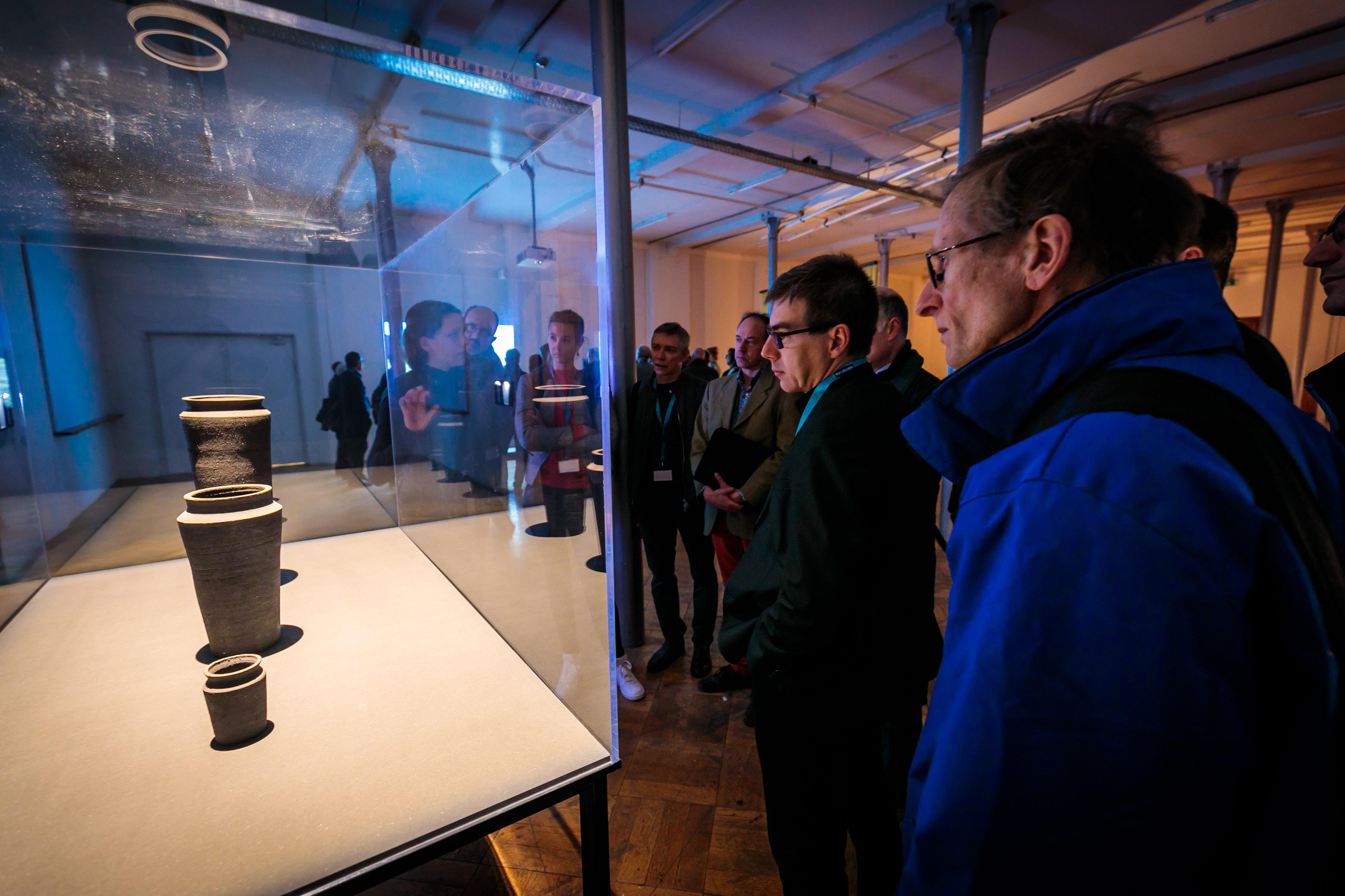 Artefact Exhibition & Speed trip (credits image: Nicolas Herbots)